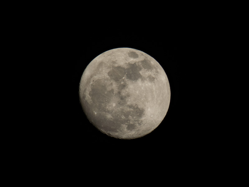Photo of the moon using 1200mm lens or 50X zoom
